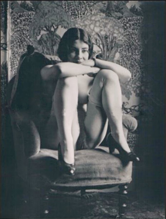 Paris erotic shows