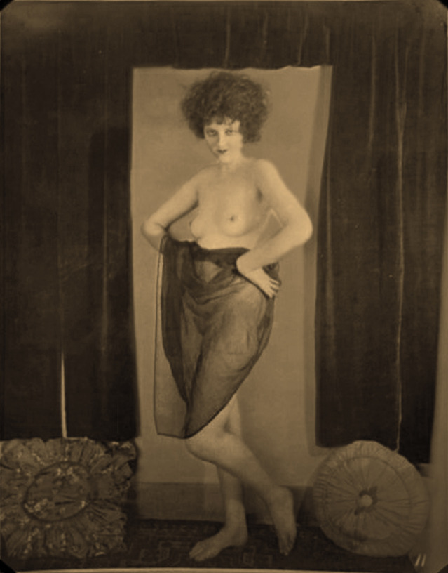 Unknown as Clara Bow_Tuscan, Henry Shaw_04a
