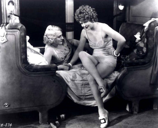clara_bow_girls_talk